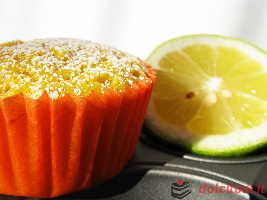 muffin al limone con cuore cremoso