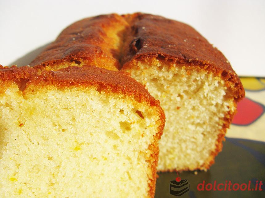 plum-cake-soffice-allo-yogurt-e-olio