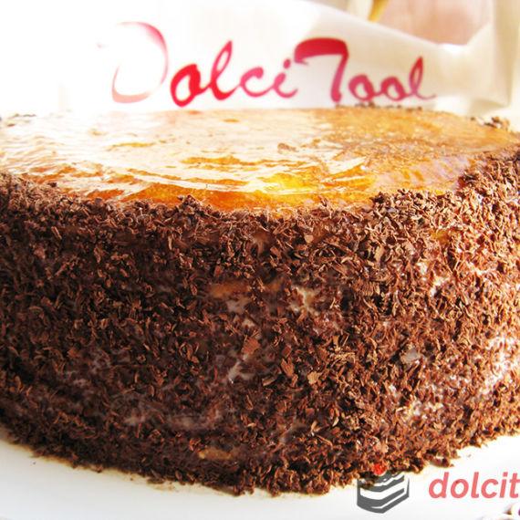 torta-ripiena-con-crema-al-latte-e-confettura-di-albicocche
